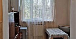 Կարապետ Ուլնեցի փողոց, 3 սենյականոց  վերանորոգված բնակարան,ZT152