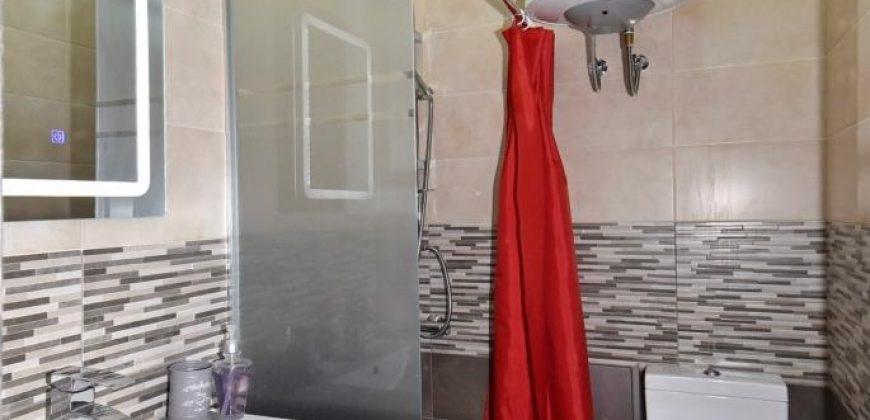 Բնակարան Մարշալ Բաղրամյան պողոտայում, Օպերայի հարևանությամբ