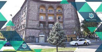 Բնակարան Մոսկովյան փողոցում Օպերայի հարևանությամբ