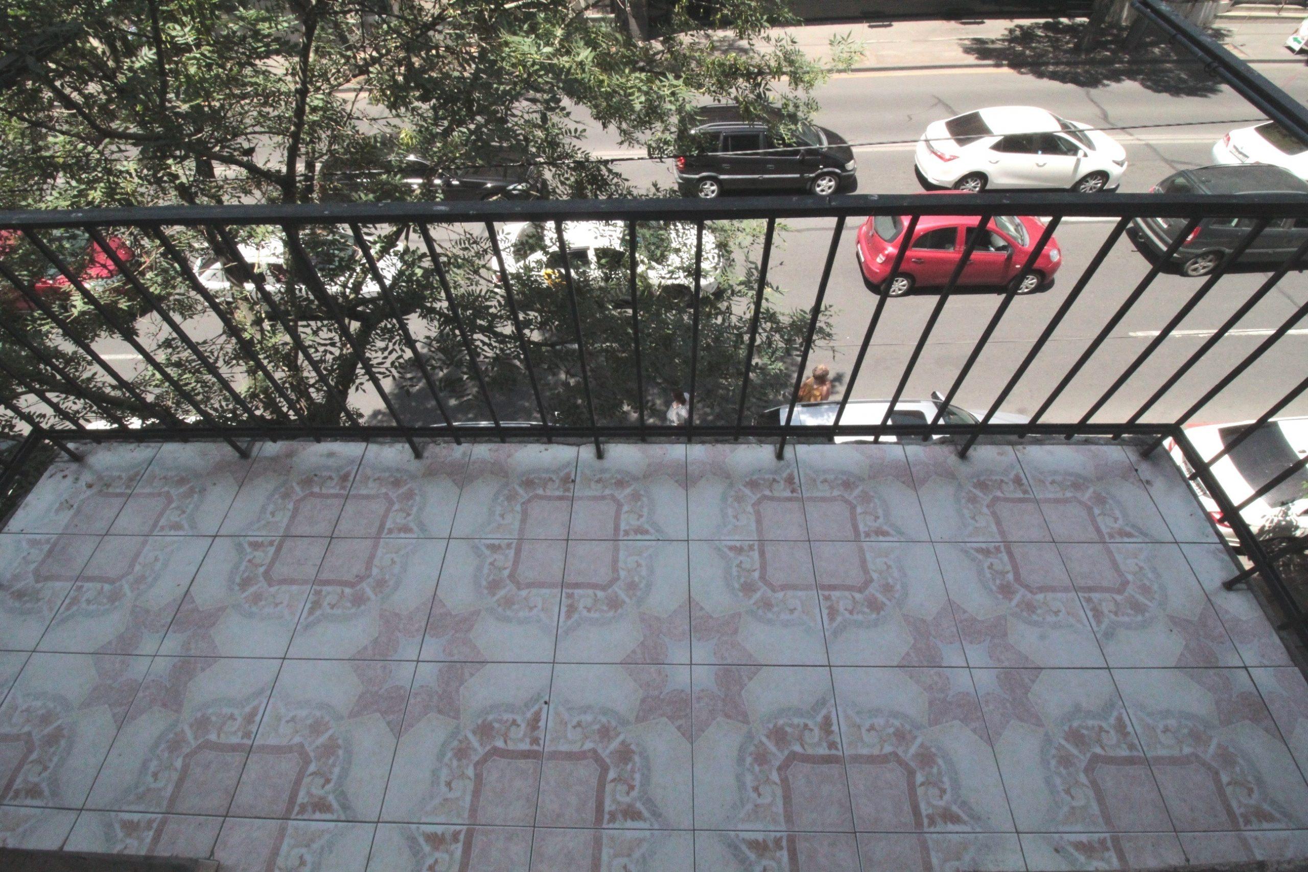 Բնակարան Նալբանդյան փողոցում